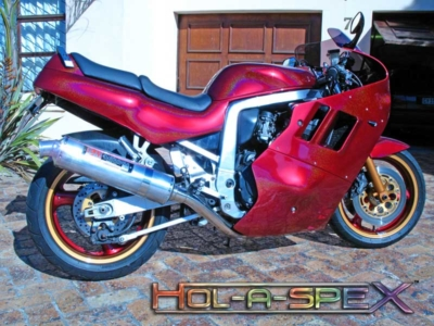 HolaSpeX over red